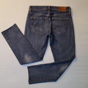 Lucky Brand Jeans 121 Slim Short. 28/30